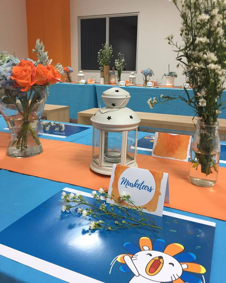Orange and Blue Table or @lazada. Location Lazada 4th gen Warehouse & : DREAMESH TABLE SETTINGS