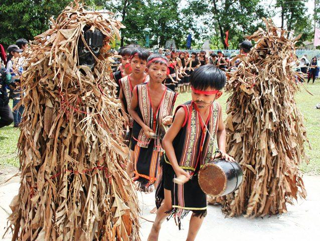 Hình nộm, mặt nạ trong Lễ hội của đồng bào Ba Na