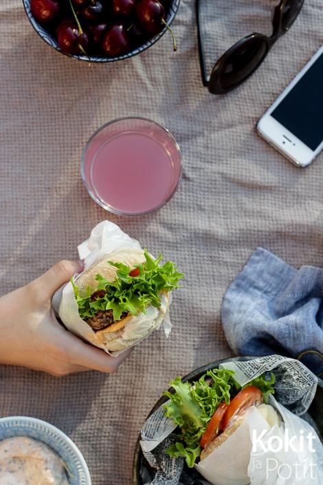 Pekonilla maustettu majoneesi – Bacon mayo #pekoni #majoneesi #hampurilaiskastike #baconmayo #burger
