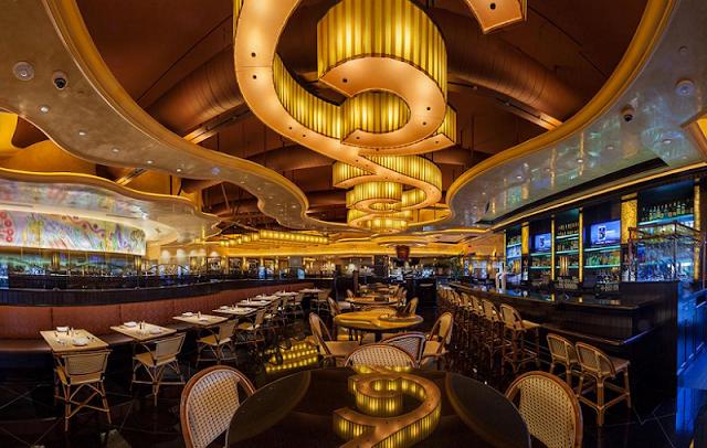 Estrutura do restaurante Cheesecake Factory em Miami