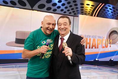 Luciano Hang e Raul Gil (Crédito: Rodrigo Belentani /SBT)