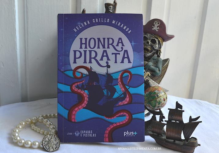 Resenha livro Honra Pirata de Helena Grillo
