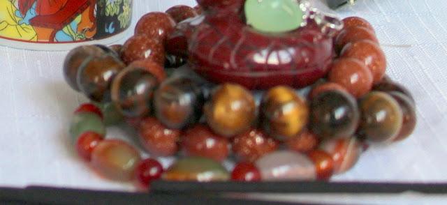 Pietre semipretioase si bjuterii. Azi - piatra soarelui