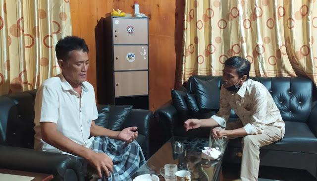 Kunjungi Sahabat Sedang Sakit, Thahar Rum: Mari Doakan Semoga Cepat Sembuh