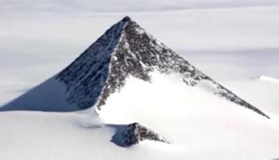Piramida Misterius Setengah Terkubur di Antartika