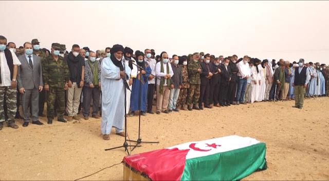 الصحراويون يودعون المناضل محمد خداد..- صور