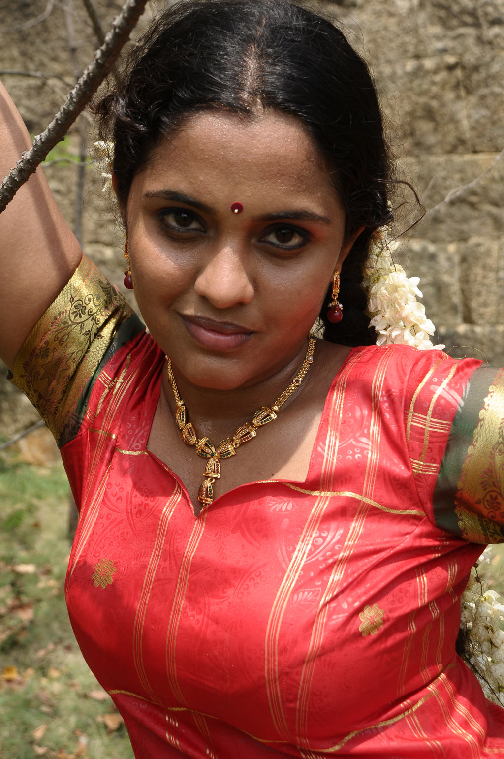 Nude Tamil Ladies