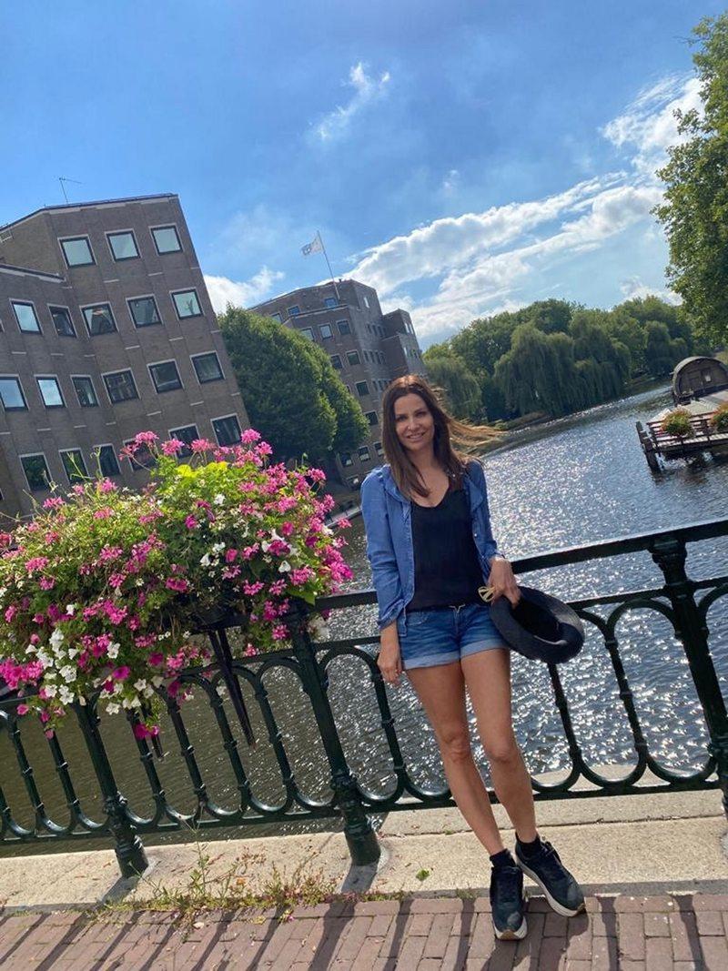 Savka Pollak fue a instalar a su hijo en Europa