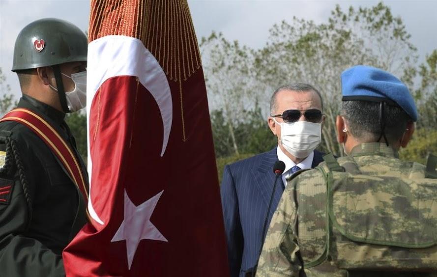 Η Τουρκία εμφανίζει ανησυχητικές ομοιότητες με τη ναζιστική Γερμανία