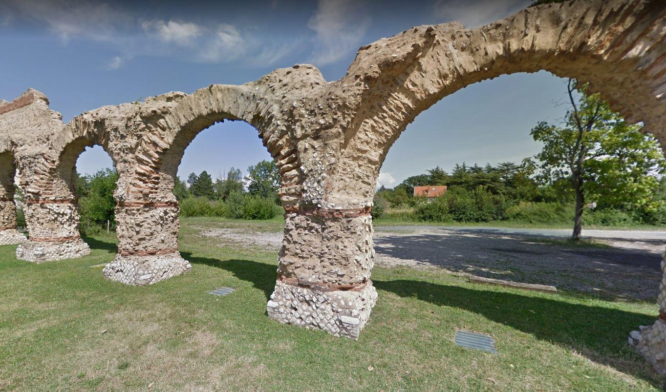 Aqueduc du gier à Chaponost près de Lyon