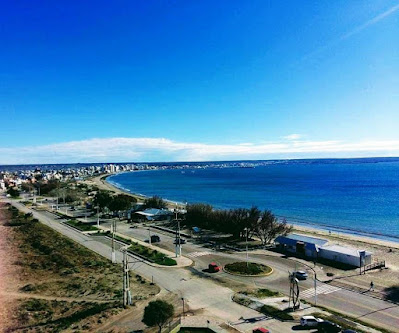 www.viajaportodoelmundo.com    Puerto de Madryn..