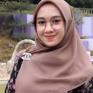 Hijab ketat