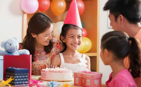 What to Give a Girl for Her Birthday