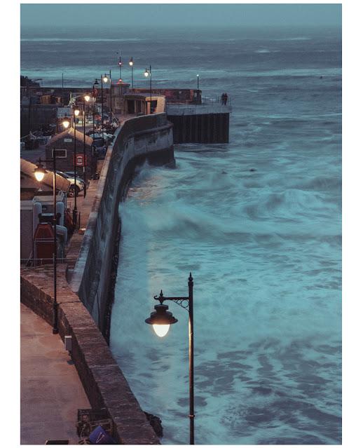 Harbour, Harbour wall, storm, on dark