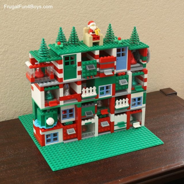 Create this LEGO Christmas countdown with places hold a small candy or note