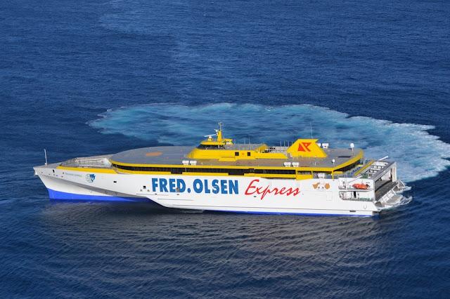 Más de once mil pasajeros viajan a bordo del nuevo trimarán 'Bajamar Express' en su primera semana de operaciones con todas las garantías de seguridad sanitaria