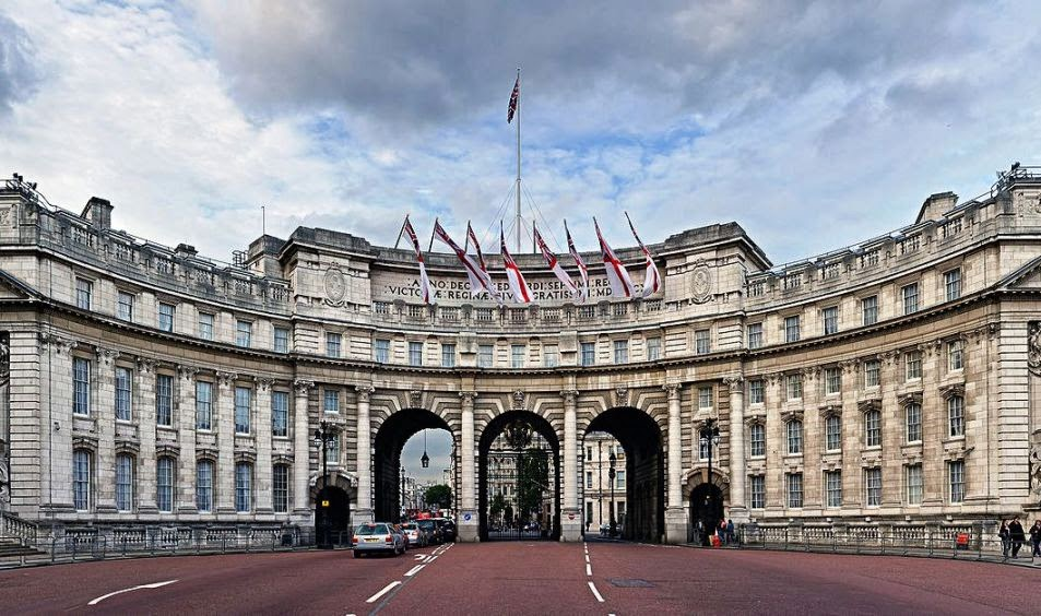 Prédio Admiralty Arch em Londres