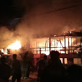 2 Rumah dan 1 Kios Di Mappatoba Benteng Ludes Dilalap Si Jago Merah