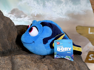 finding dory basic plush toy bandai dory