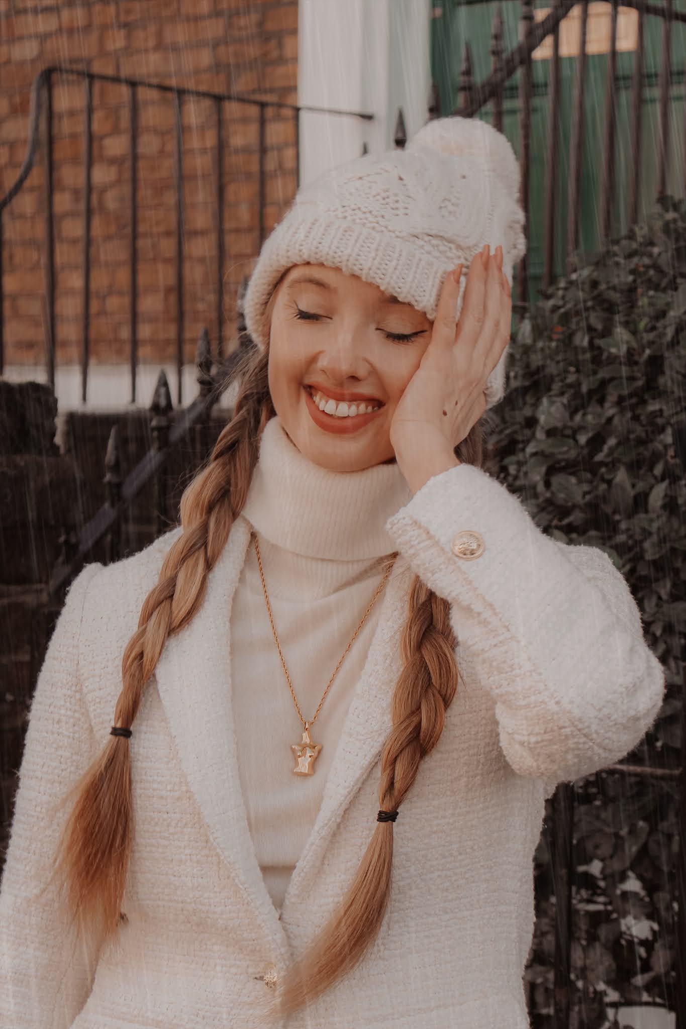 Uniqlo white cashmere roll neck jumper