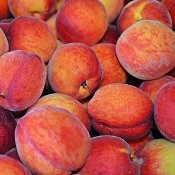 पीच, Peach fruits name in Marathi
