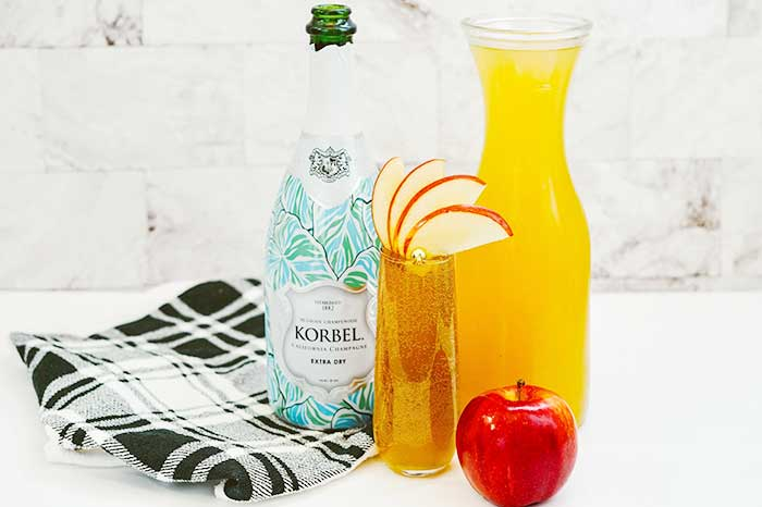 How to Make Apple Cider Mimosa