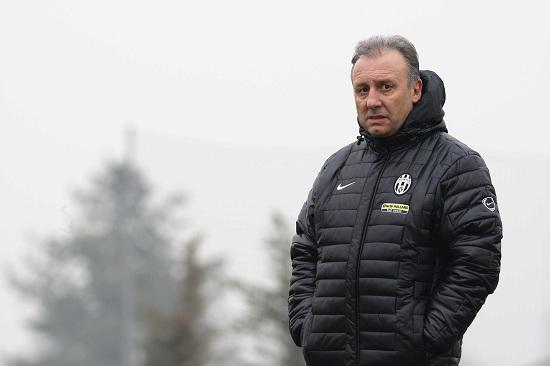 Alberto Zaccheroni không có duyên khi cầm quân đội Juventus.