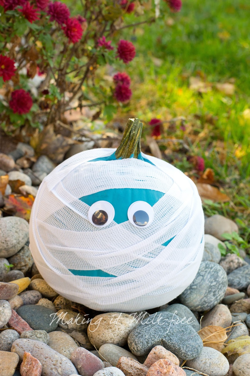 Teal Mummy Pumpkin by Making it Milk-free | Teal Pumpkin Project | makingitmilkfree.com