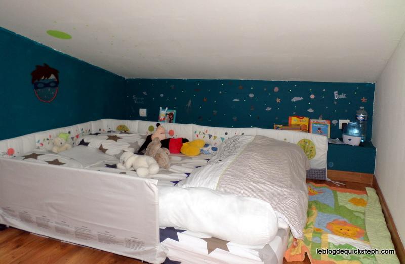 family chou ao t 2015. Black Bedroom Furniture Sets. Home Design Ideas