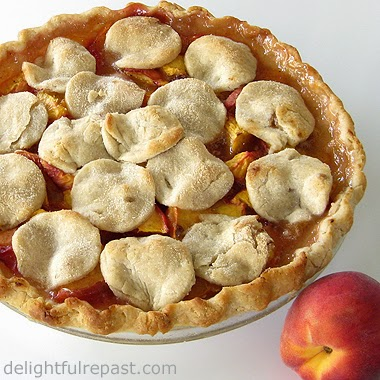 Gluten-Free Peach Pie / www.delightfulrepast.com