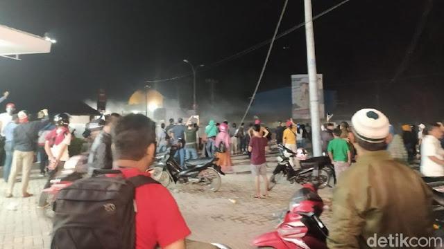 Gelombang 2 TKA China Tiba di Sultra, Massa Aksi Dipukul Mundur Polisi
