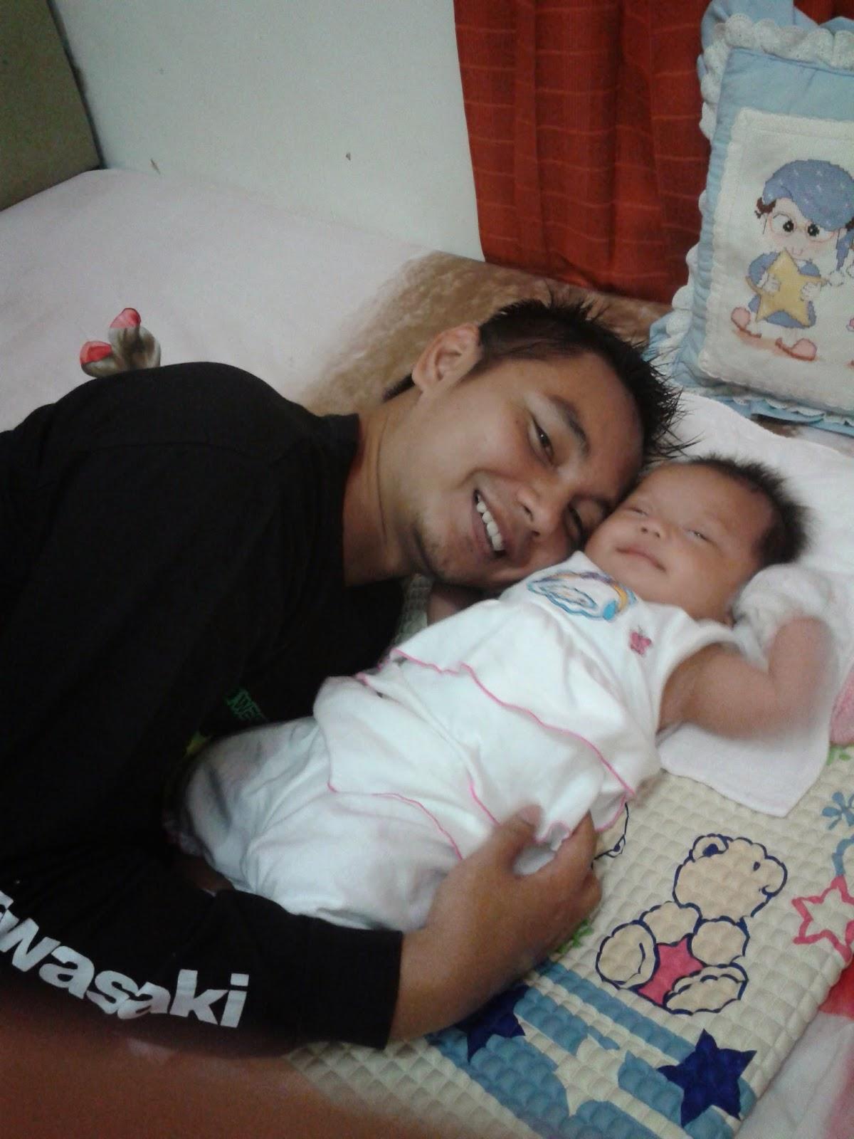 Cecen & Baby Clarissa Astrid Sofia Friezcen