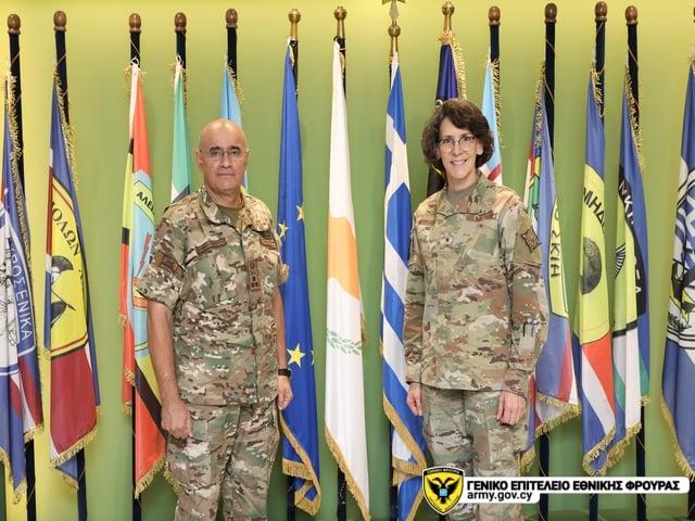 Κύπρος: Συνάντηση Α/ΓΕΕΦ με την Ταξίαρχο Jessica Meyeraan των ΗΠΑ (ΦΩΤΟ)