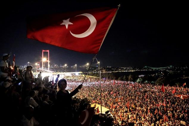 kudeta turki dan perang media sosial