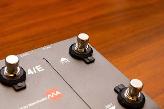 PFL-1000 はネジ寸法が M12 × 0.75 (ピッチ) のスイッチに取付可能