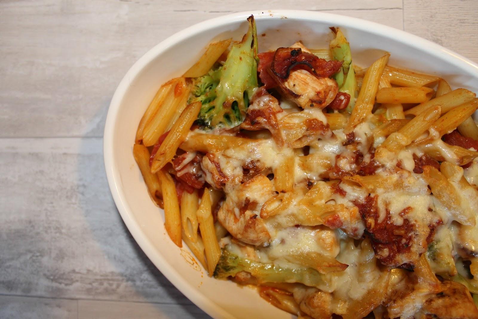 Pasta bake recipes chicken and chorizo