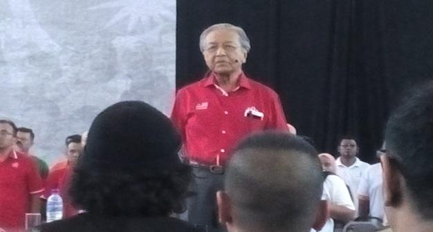 Najib akan tipu pada PRU14, kata Tun M