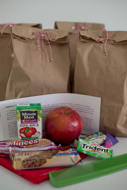 Snack bag ideas to keep in your car and give out to the homeless