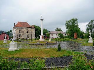 Чинадієво. Закарпатська обл. Замок Сент-Міклош. Парк