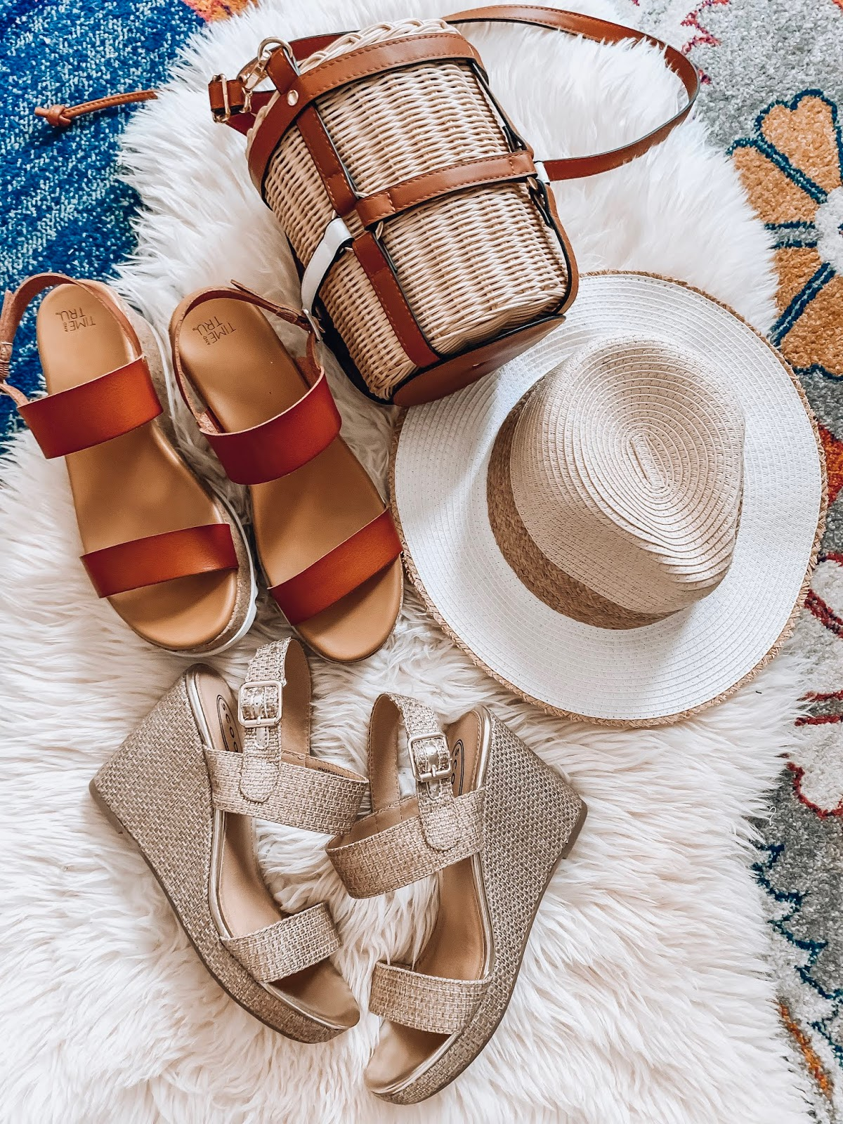 Spring & Summer Finds With Walmart - Something Delightful Blog @racheltimmerman #SpringFashion #Spring2020 #SummerFashion #WalmartFashion #AffordableFashion #EverydayStyle #SwimStyle