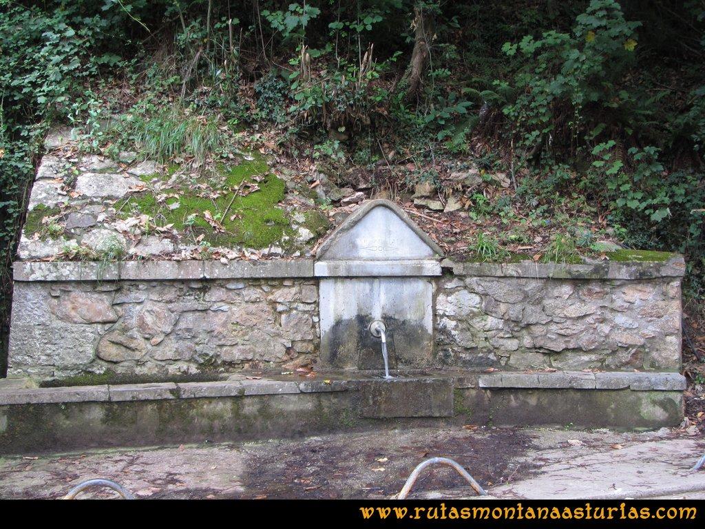 Ruta Cascadas Guanga, Castiello, el Oso: Fuente en San Andrés
