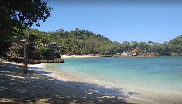 Pantai Ngliyep Malang : Harga tiket lokasi dan penginapan