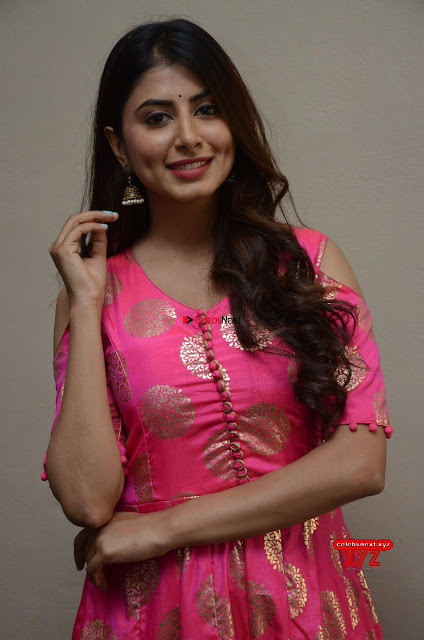 Swetha looks super cute in Pink ~  Exclusive Galleries 002.jpg