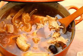 小Con私房菜: 花膠螺頭雞湯 - 附食譜