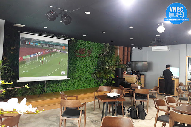 Cho thuê máy chiếu xem AFF Cup 2018 tại TPHCM & Hà Nội