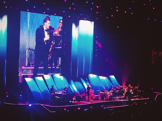 The Blogtrotter Girl: Michael Bublé in Concert