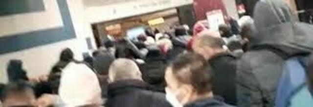 Metro senza controllo assembramenti e caos