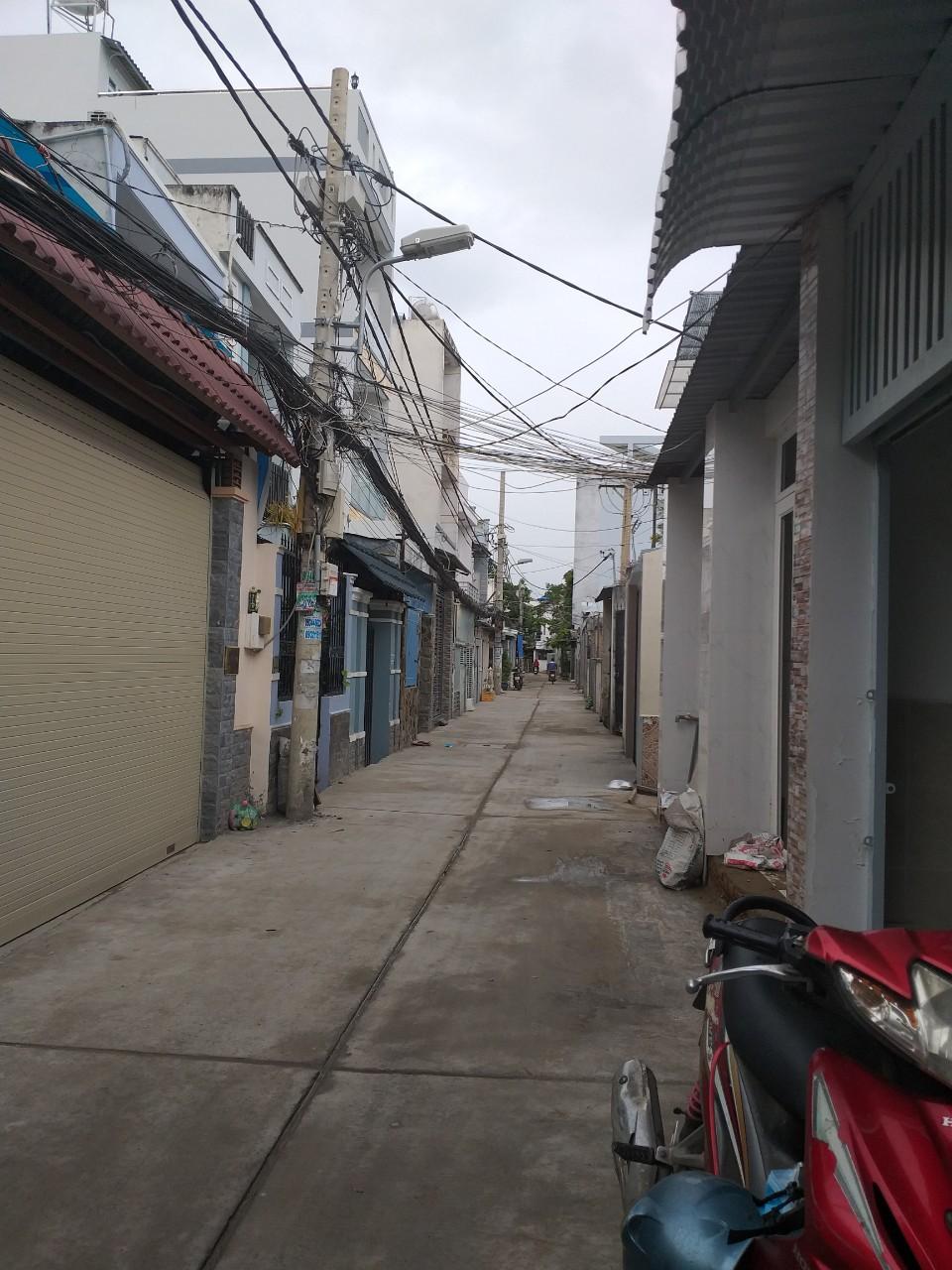 Bán nhà hẻm 2683 Phạm Thế Hiển phường 7 Quận 8. DT 5x11m