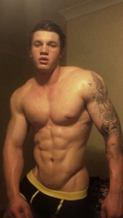 Nude Guy Selfies-3845