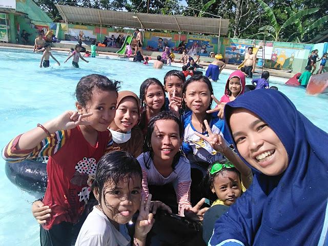 Kolam Renang Kodam Diponegoro Semarang